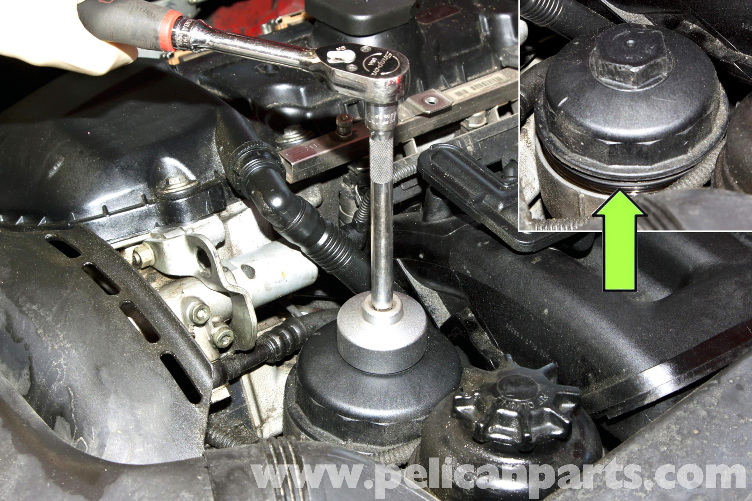 BMW E46 Oil Change  BMW 325i 20012005 BMW 325Xi 20012005
