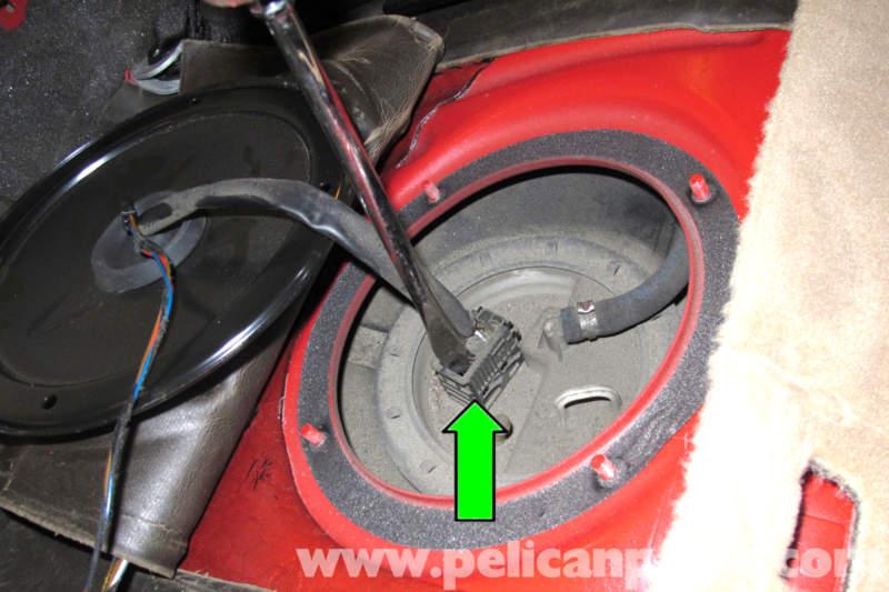 Bmw E46 Fuel Pump Replacement 325i 20012005 325xi Rhpelicanparts: 2000 Bmw 328i Fuel Pump Location At Elf-jo.com
