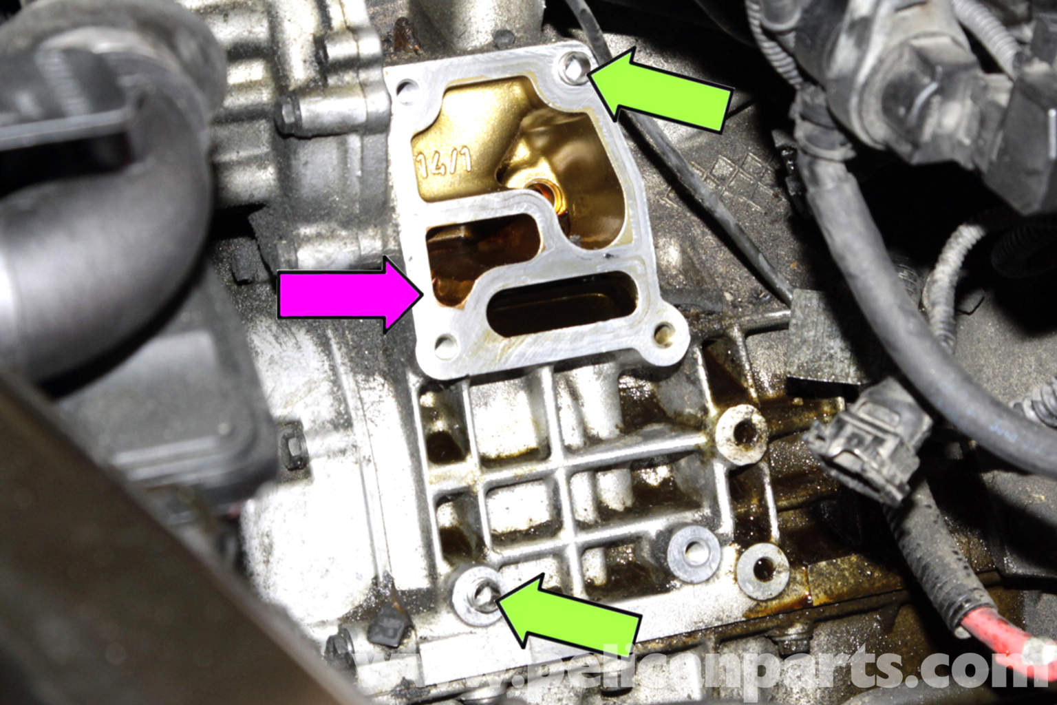 cylinder head temperature sensor location 2001 ford