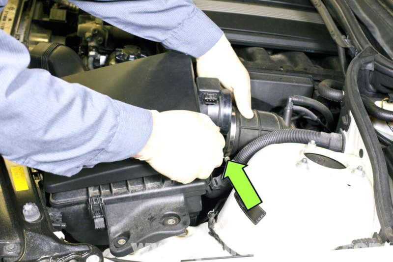 bmw e46 heater valve replacement bmw 325i 2001 2005 bmw 325xi rh pelicanparts com