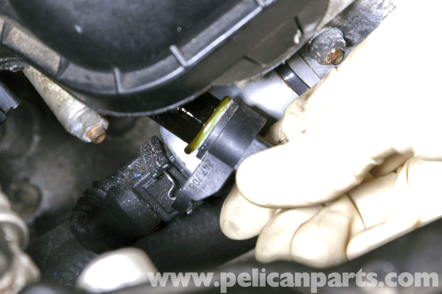 Pic together with Pic moreover Pic together with Jo Svkj in addition Bmw E Blok. on 2001 bmw 325i camshaft sensor location