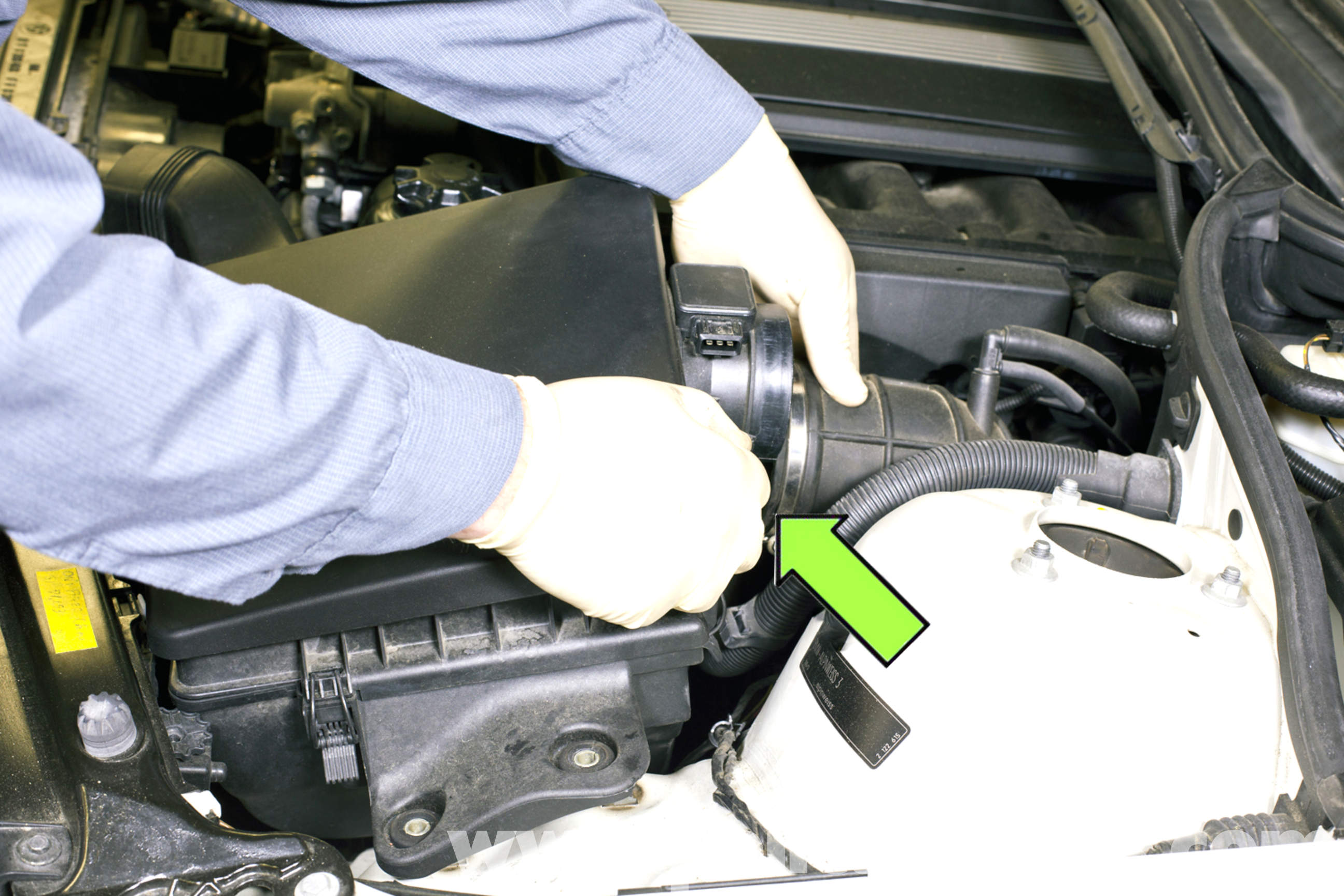 bmw e46 air intake duct replacement