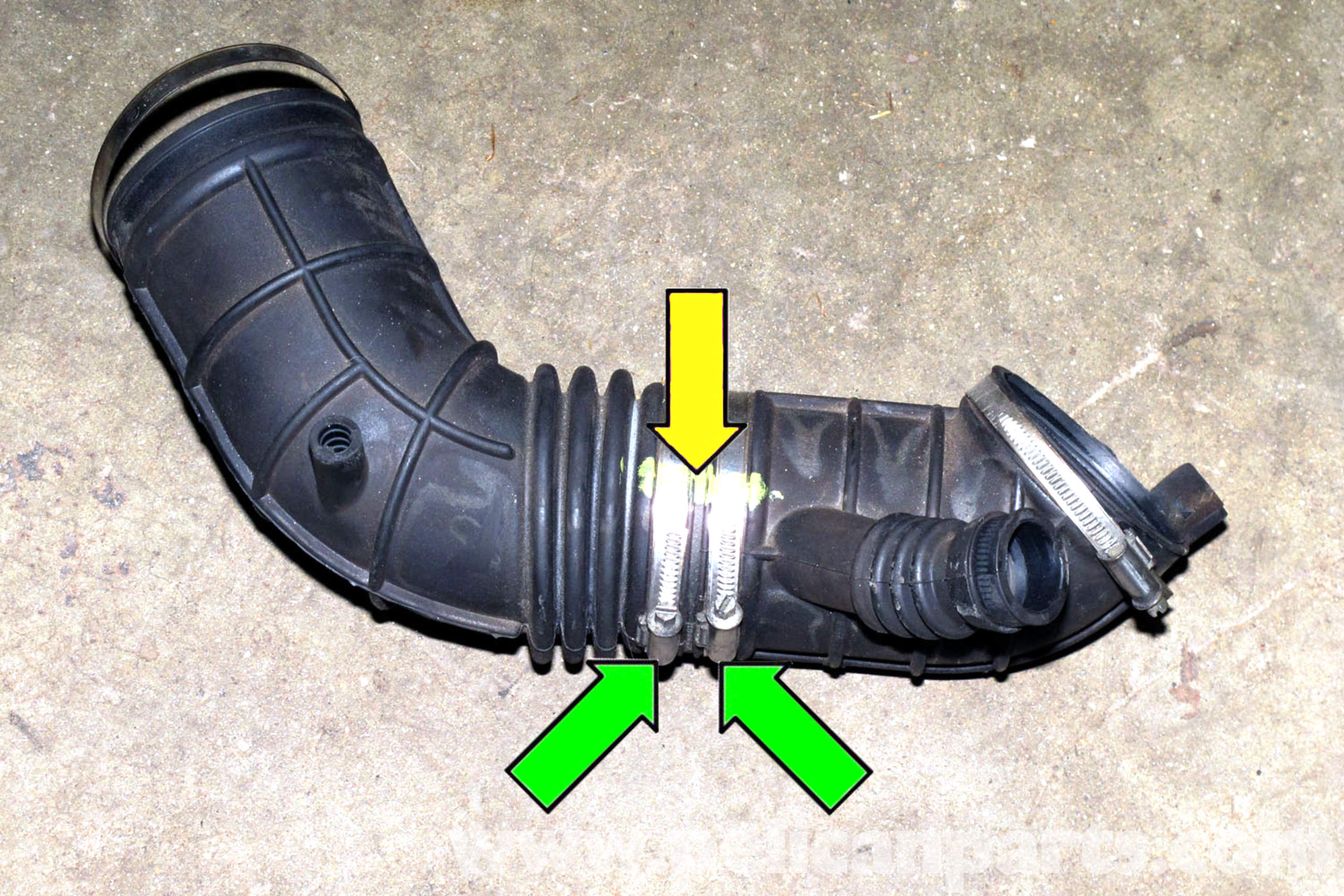 in addition Pic further Maxresdefault likewise Pic together with Maxresdefault. on 2006 bmw 325i radiator hose