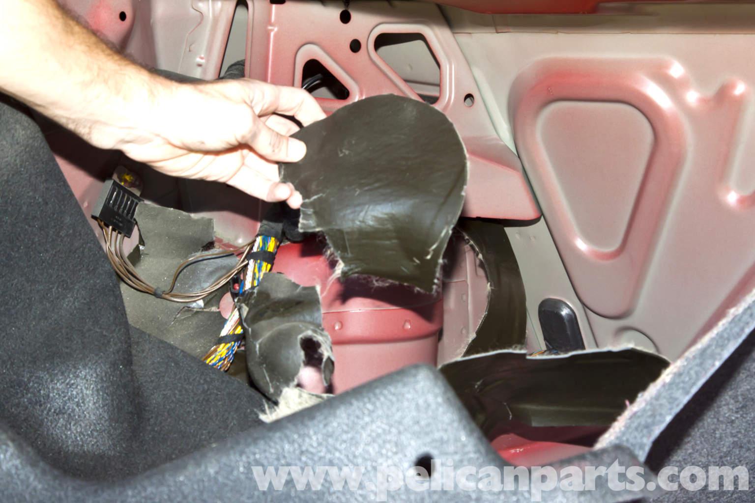 2006 Bmw 325xi >> BMW E46 Rear Shock Replacement | BMW 325i (2001-2005), BMW 325Xi (2001-2005), BMW 325Ci (2001 ...