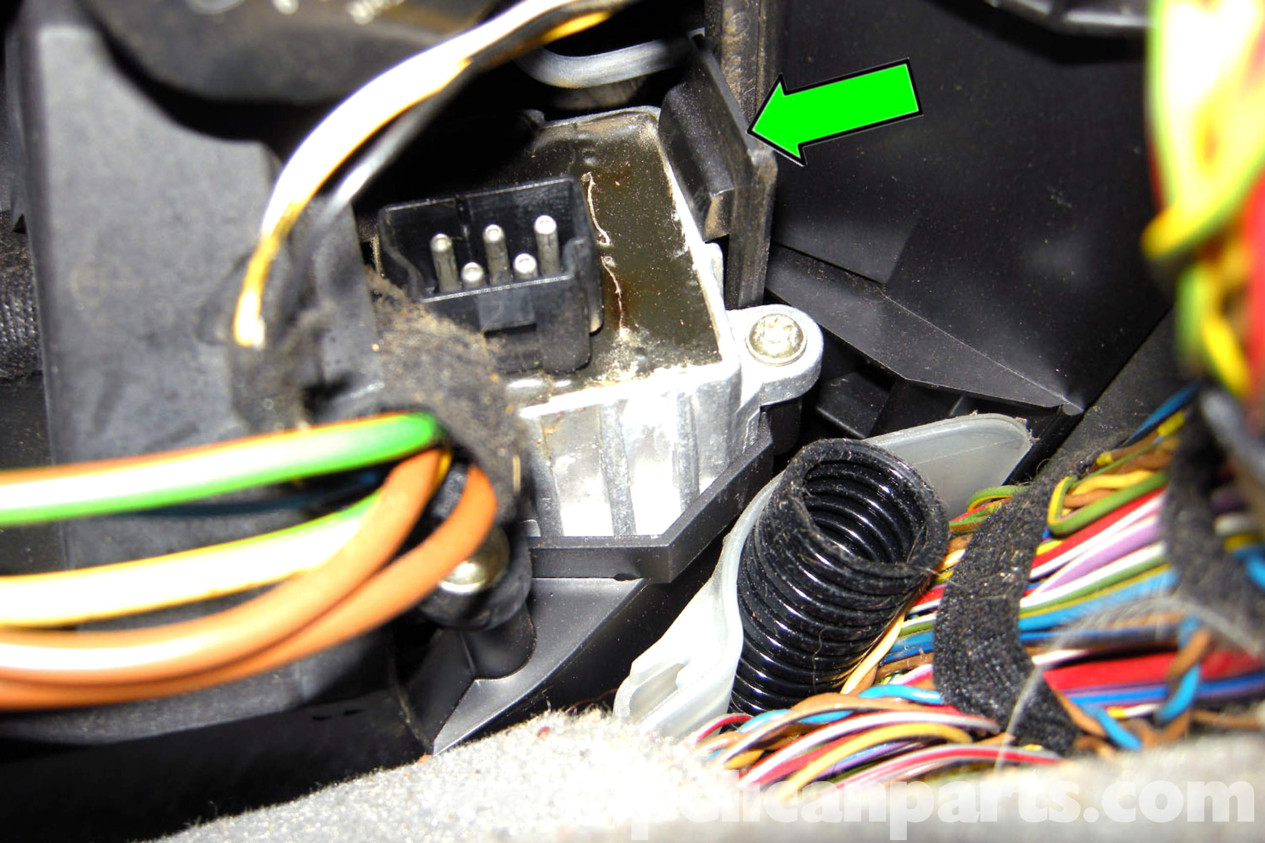 Pic on 3 Wire Headlight Wiring