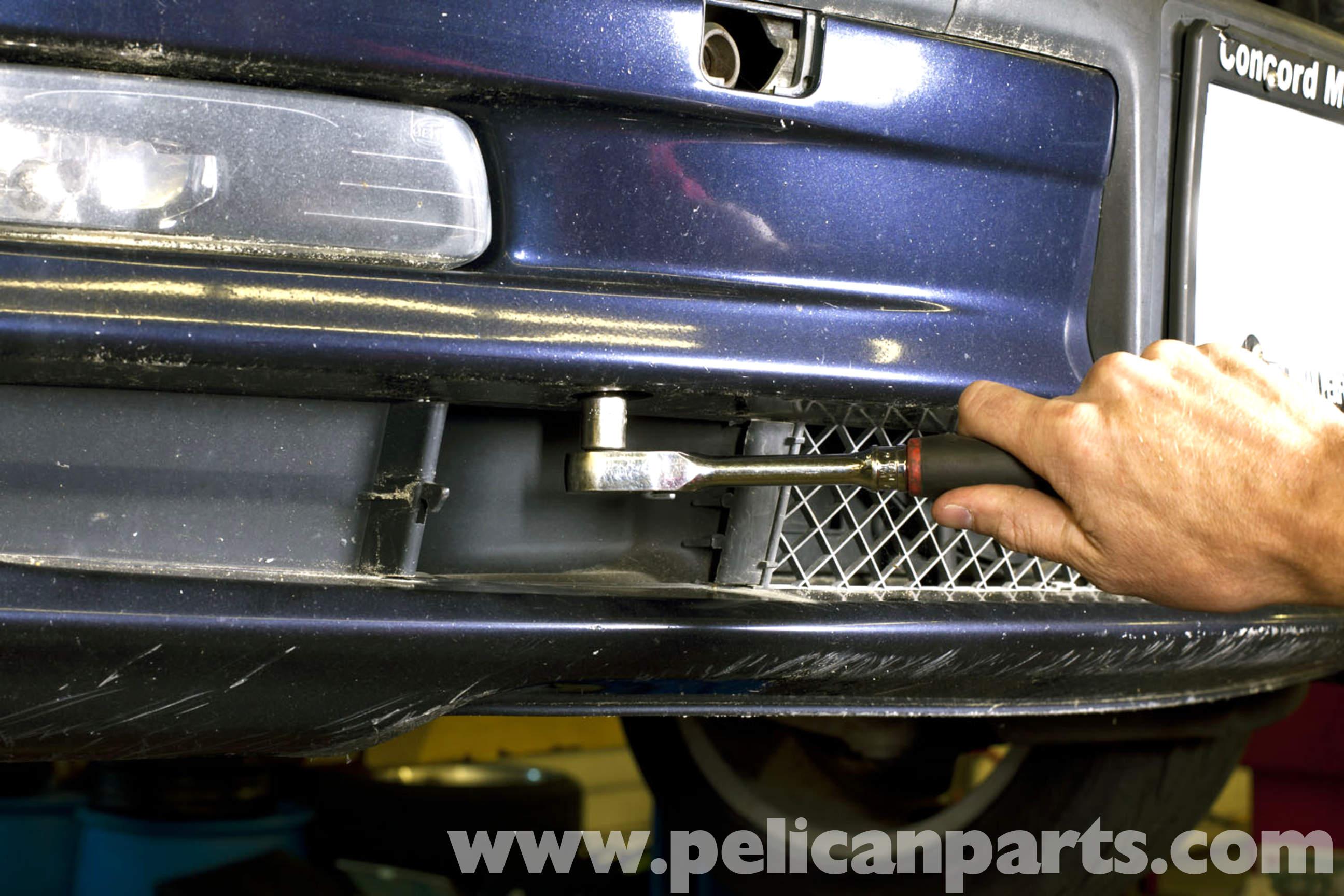 2006 Bmw 325xi >> BMW E46 Front Bumper Removal | BMW 325i (2001-2005), BMW ...