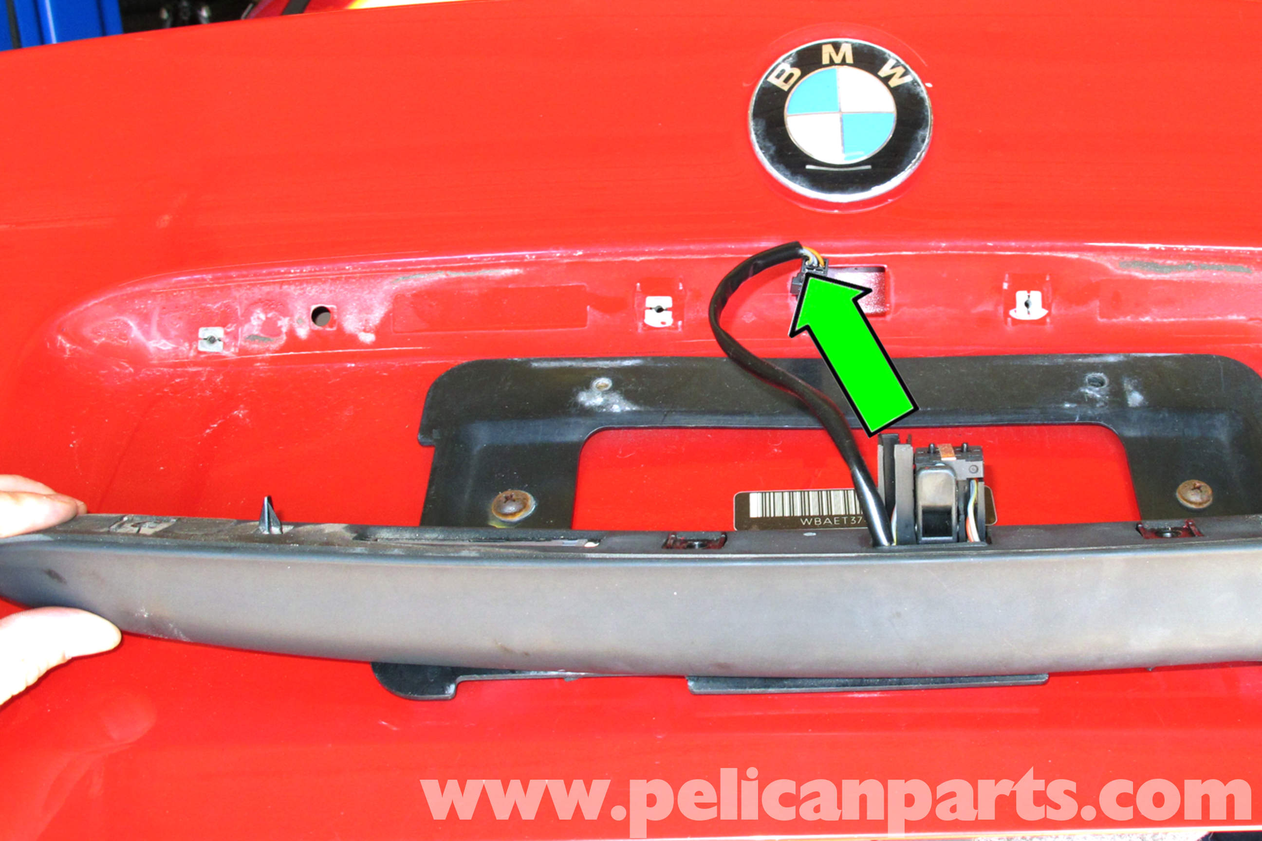 bmw e46 trunk release button replacement