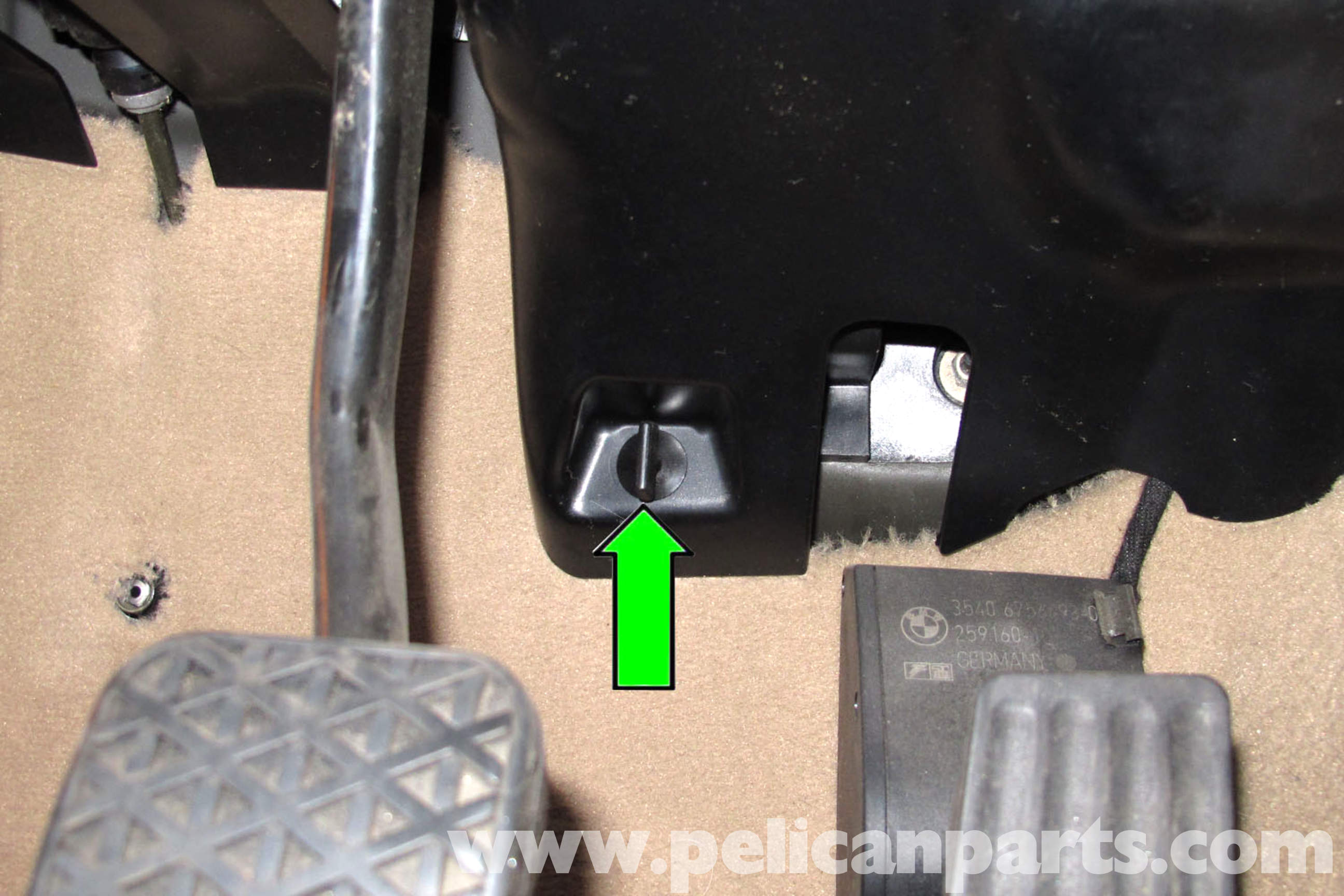 pic03 bmw e46 clutch pedal bushing replacement bmw 325i (2001 2005 bmw e46 clutch switch wiring diagram at alyssarenee.co