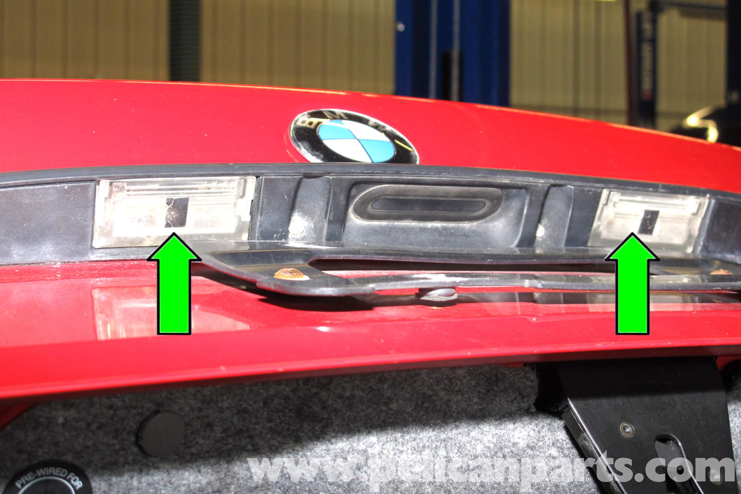 2006 Bmw 325xi >> BMW E46 Exterior Bulb Replacement | BMW 325i (2001-2005 ...