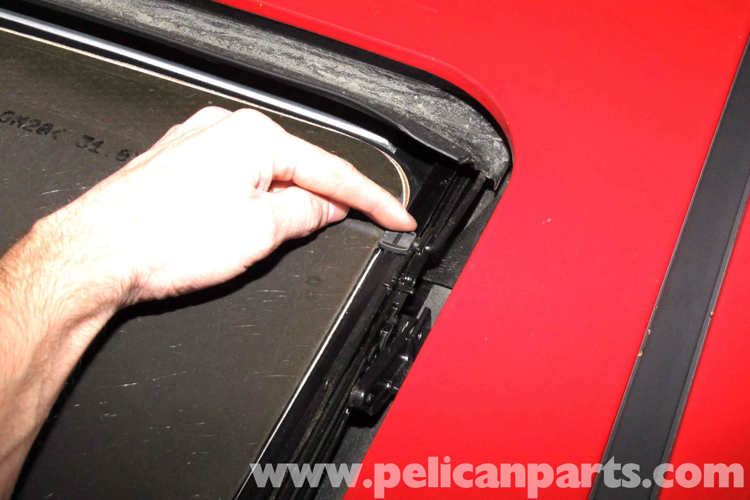 Bmw E46 Sunroof Glass And Shade Replacement Bmw 325i