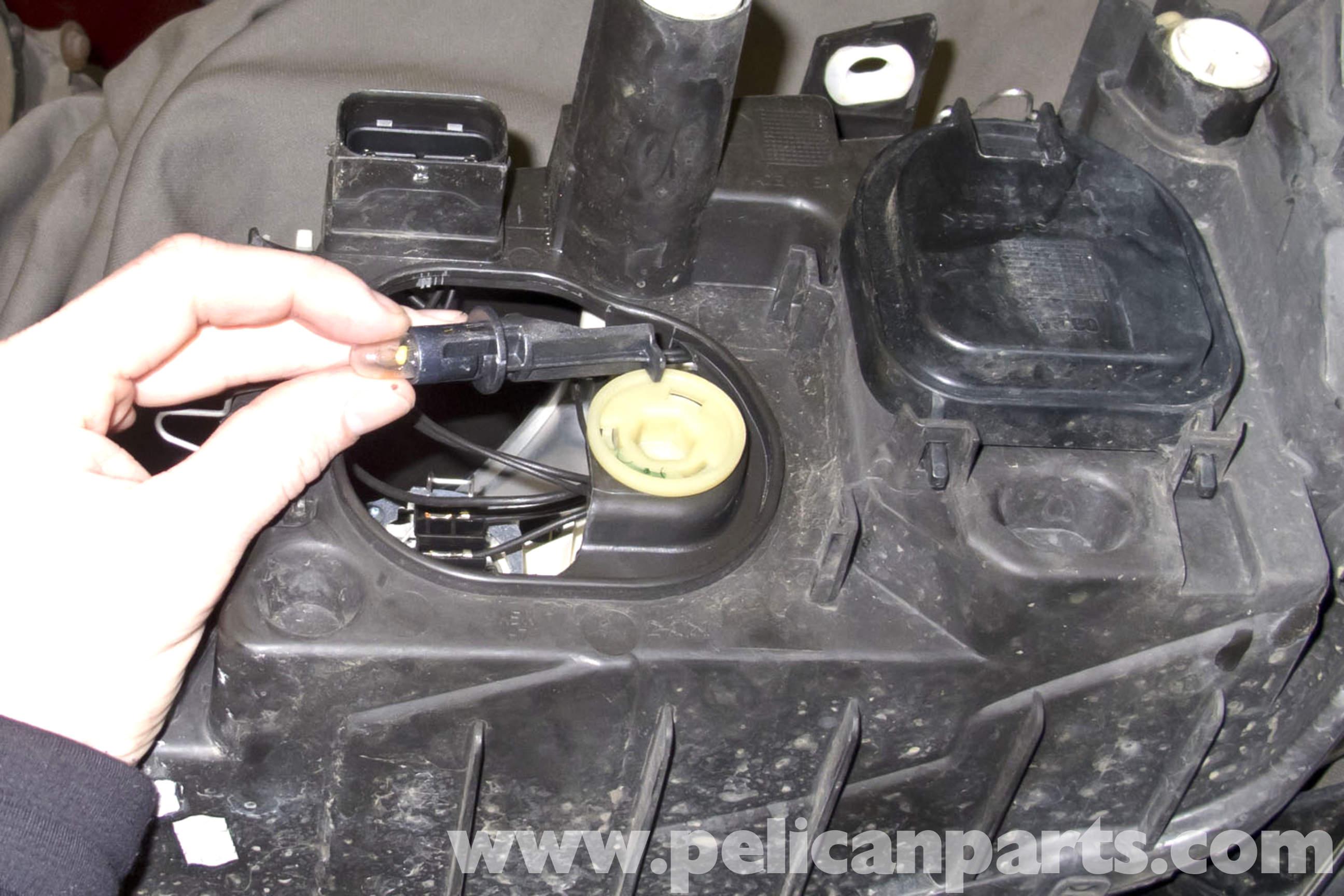 Bmw E90 Front Light Bulb Replacement E91 E92 E93