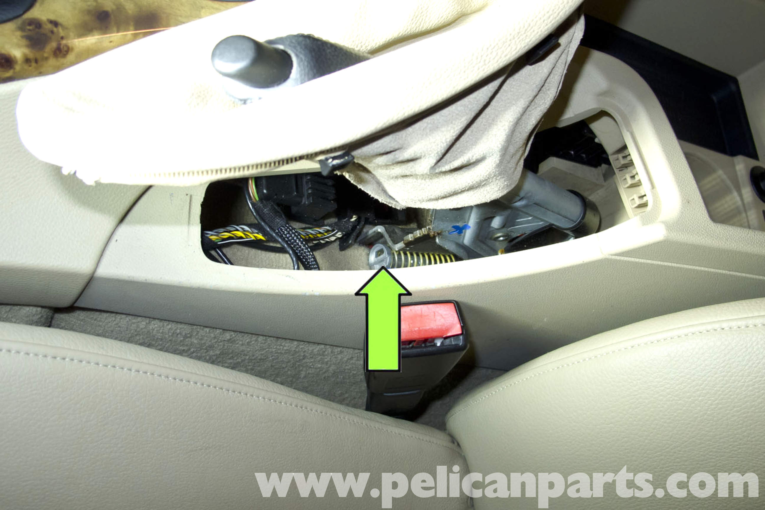 How to adjust the handbrake