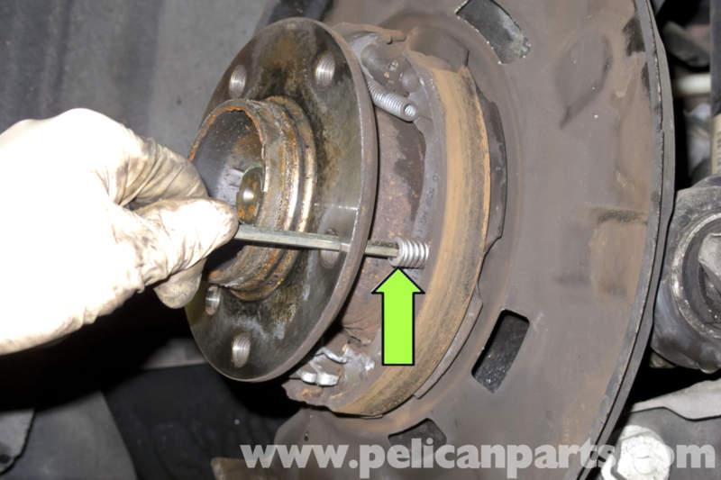 how to change park brake shoes on 2001 hylander