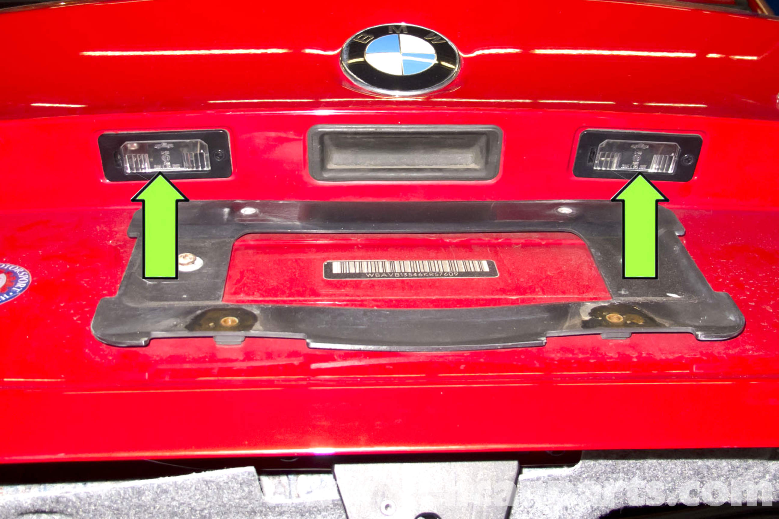 bmw e91 tail light bulb replacement