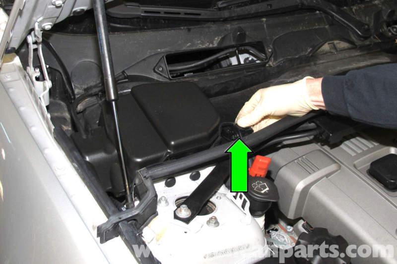 Bmw E90 Engine Cover Removal E91 E92 E93 Pelican