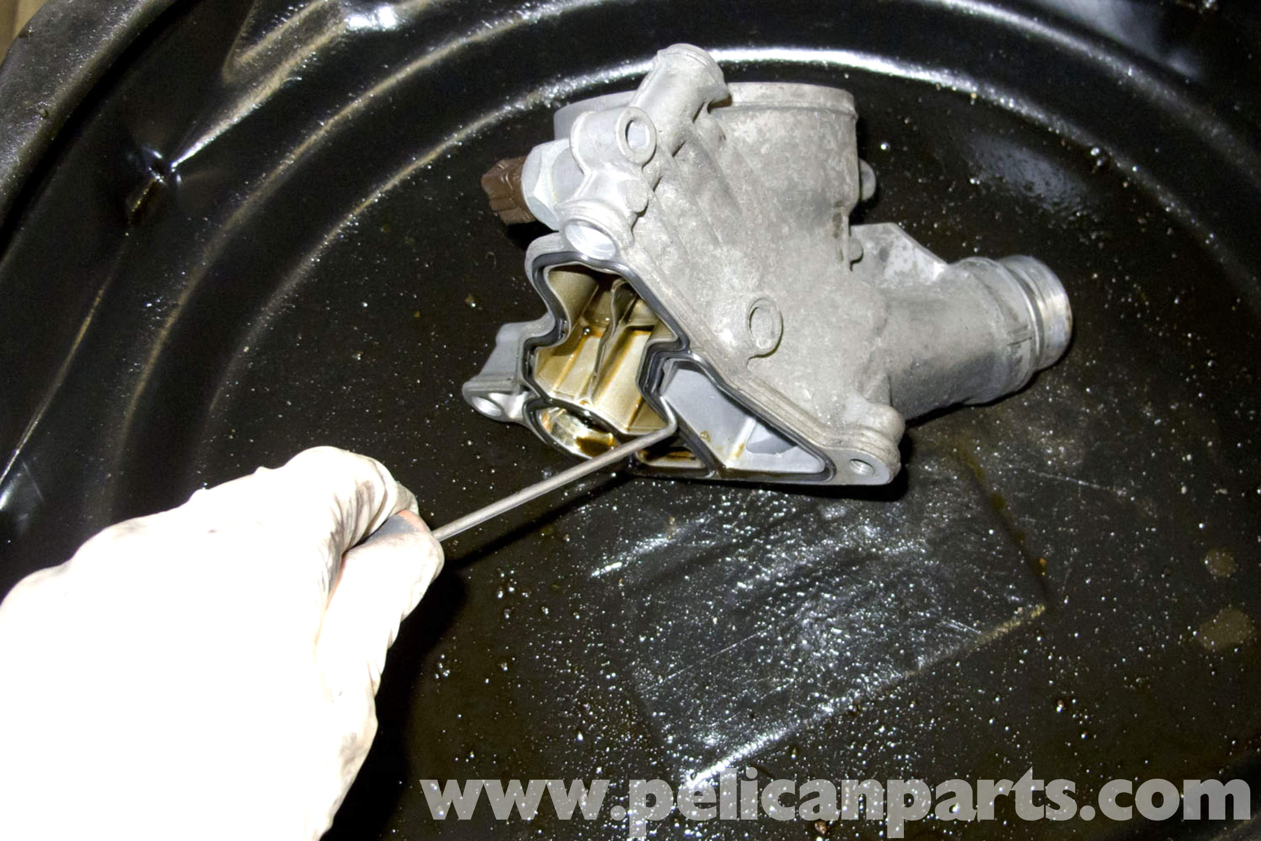 BMW E90 Oil Filter Housing Gasket Replacement | E91, E92