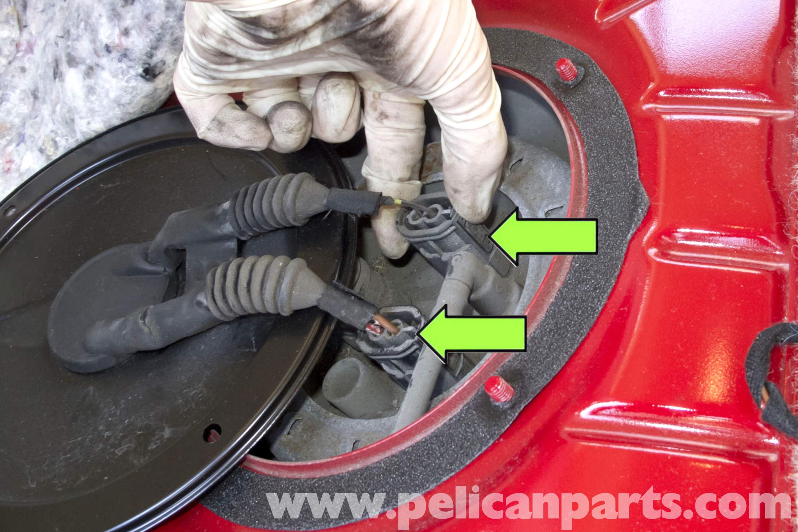 Bmw E90 Fuel Pump Replacement E91 E92 E93 Pelican Parts Diy 2001 Mitsubishi Eclipse Filter Large Image Extra