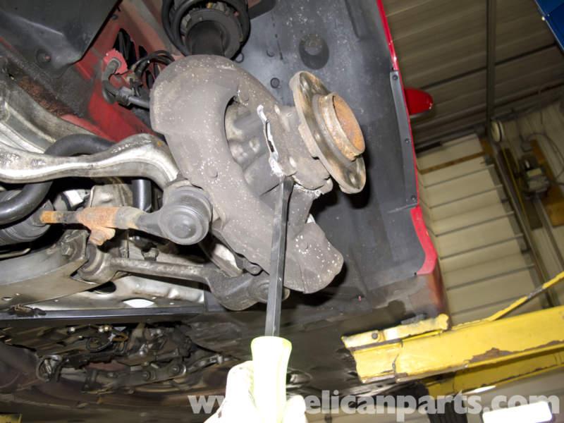 BMW E90 Front Wheel Bearing RWD Replacement | E91, E92, E93