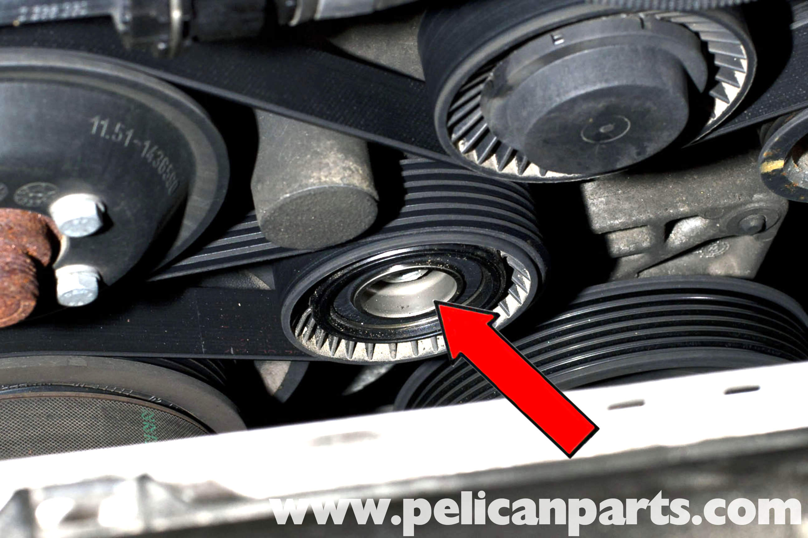 BMW E39 5-Series Drive Belt Replacement | 1997-2003 525i ...