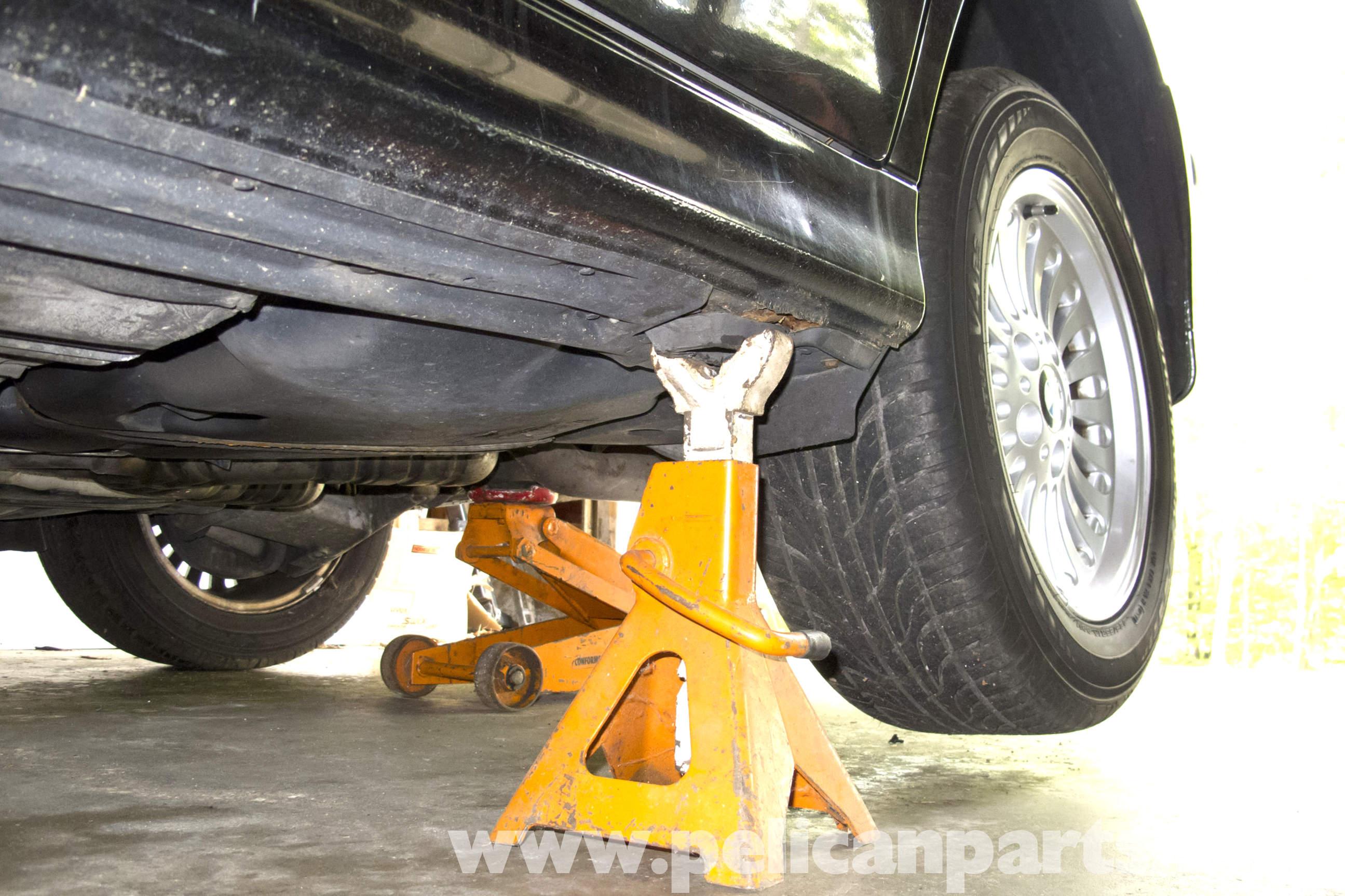 Bmw E39 5 Series Jacking Up Your Vehicle 1997 2003 525i 528i 530i 540i Pelican Parts Diy