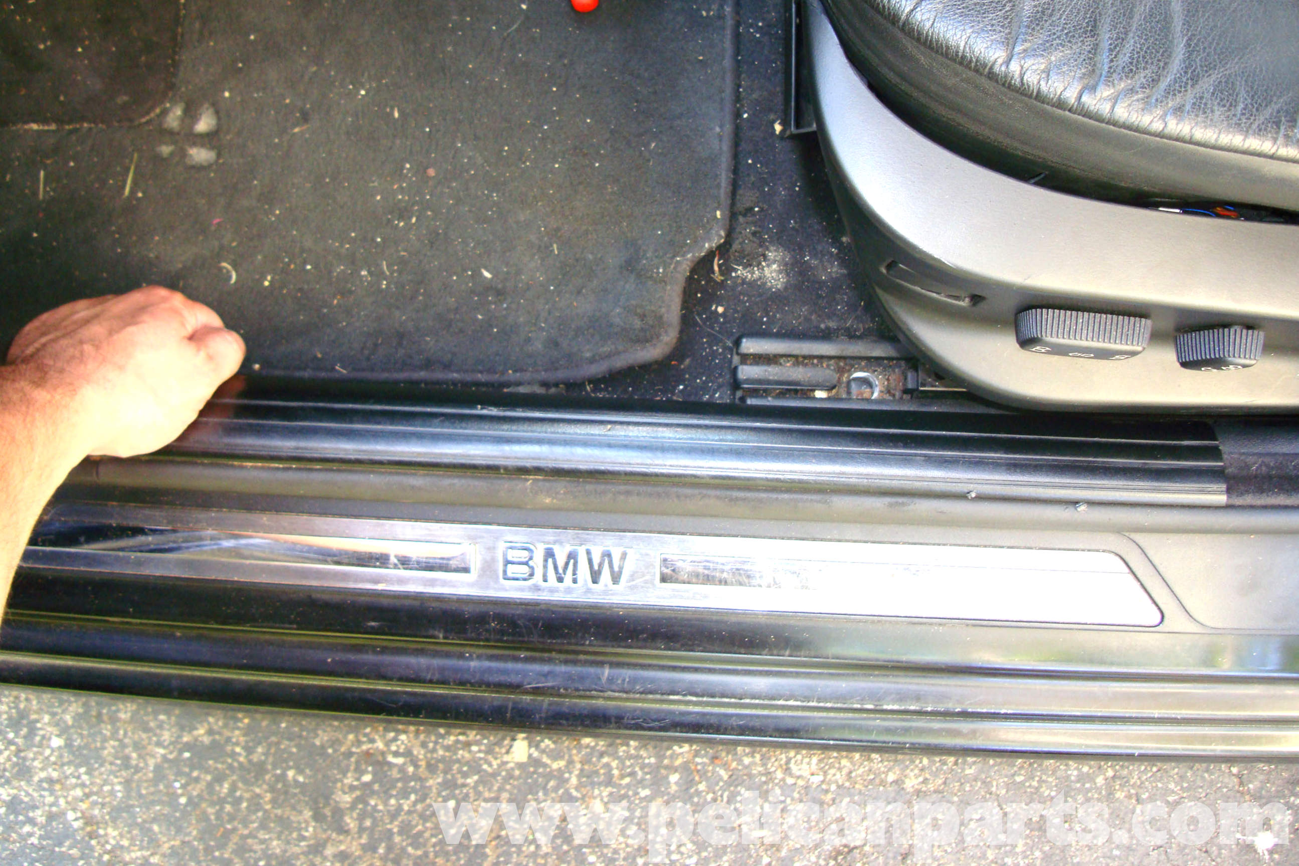 Bmw E39 5 Series Pillar Covers And Door Trim Removal 1997 2003 Speaker Wiring Large Image Extra