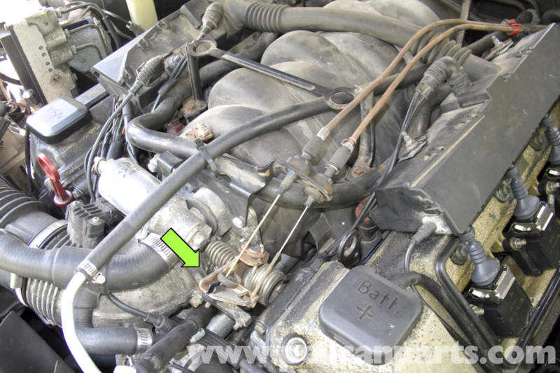 bmw e39 5 series engine management systems 1997 2003 525i 528i in vehicles equipped v 8 engine the m62 engine throttle is operated by