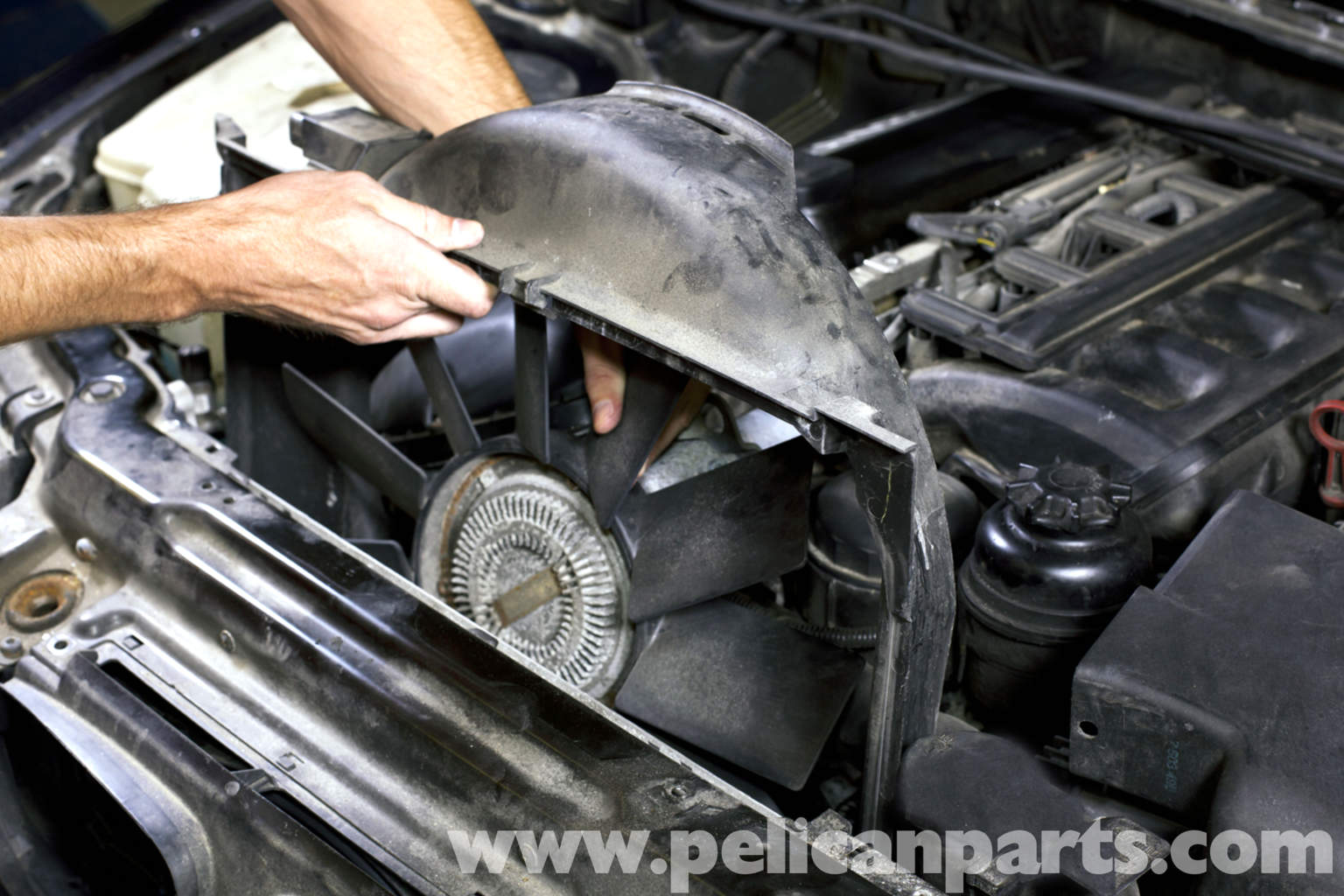 Bmw E39 5 Series Cooling Fan Replacement 1997 2003 525i