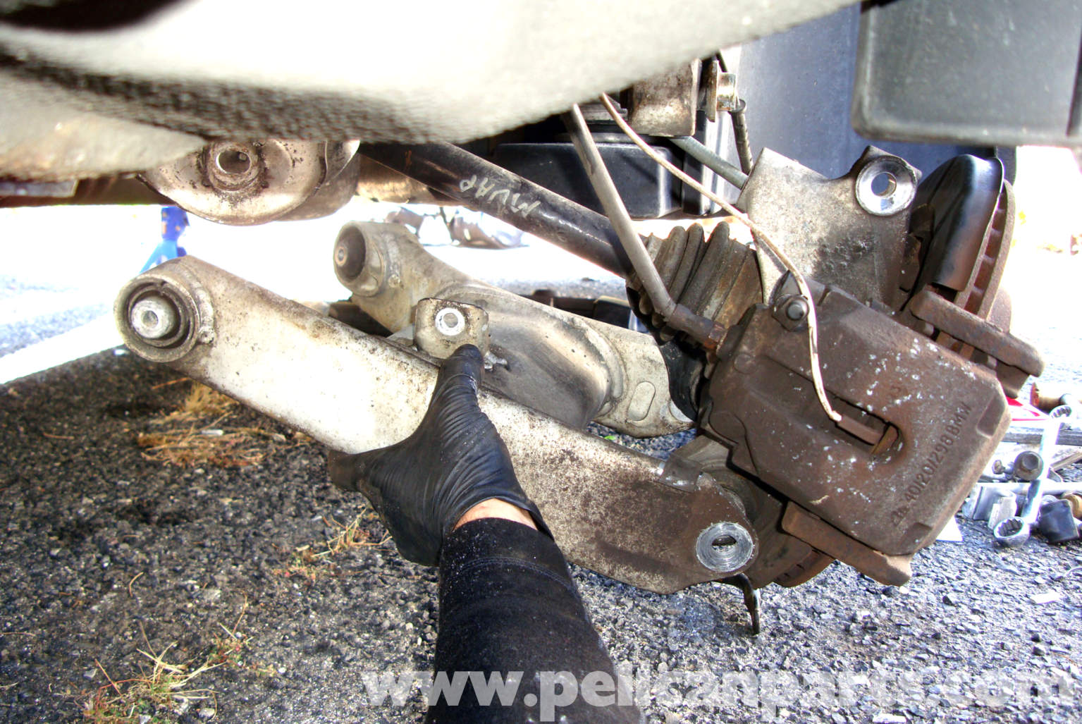 Bmw E39 5 Series Rear Lower Control Arm Replacement 1997