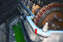 8-Cylinder Engine - Clean the surfaces of the left side the valve cover gasket rests on (red arrow) of any contaminants.