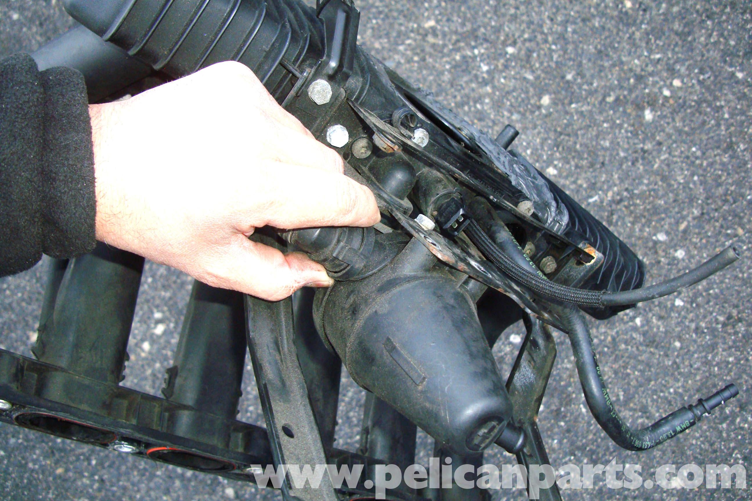 Bmw E39 5 Series Pcv System Removal 1997 2003 525i 528i 530i 540i Pelican Parts Diy Maintenance Article