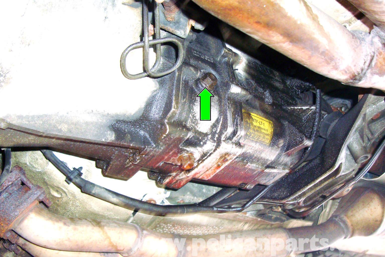 bmw e39 5 series manual transmission fluid change 1997 2003 525i rh pelicanparts com e39 automatic transmission fluid level e39 automatic transmission fluid