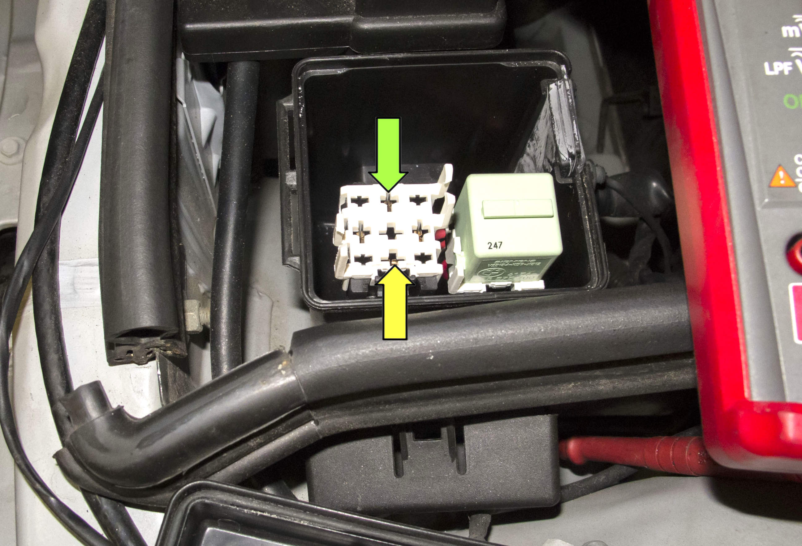 BMW Z Fuel Injection DME Relay Testing  Pelican - Vehicle relay testing