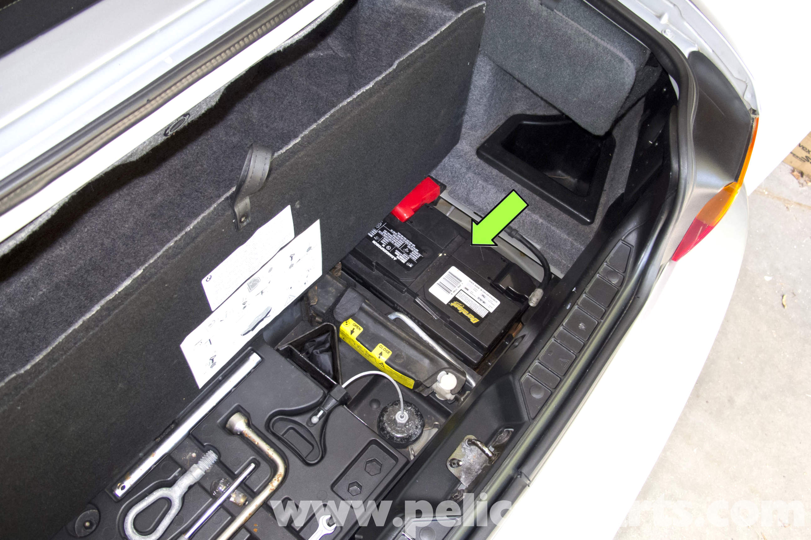 Bmw Z3 Battery Replacement And Connection Notes 1996 2002 Fuse Box In Volvo S40 2001 Large Image Extra