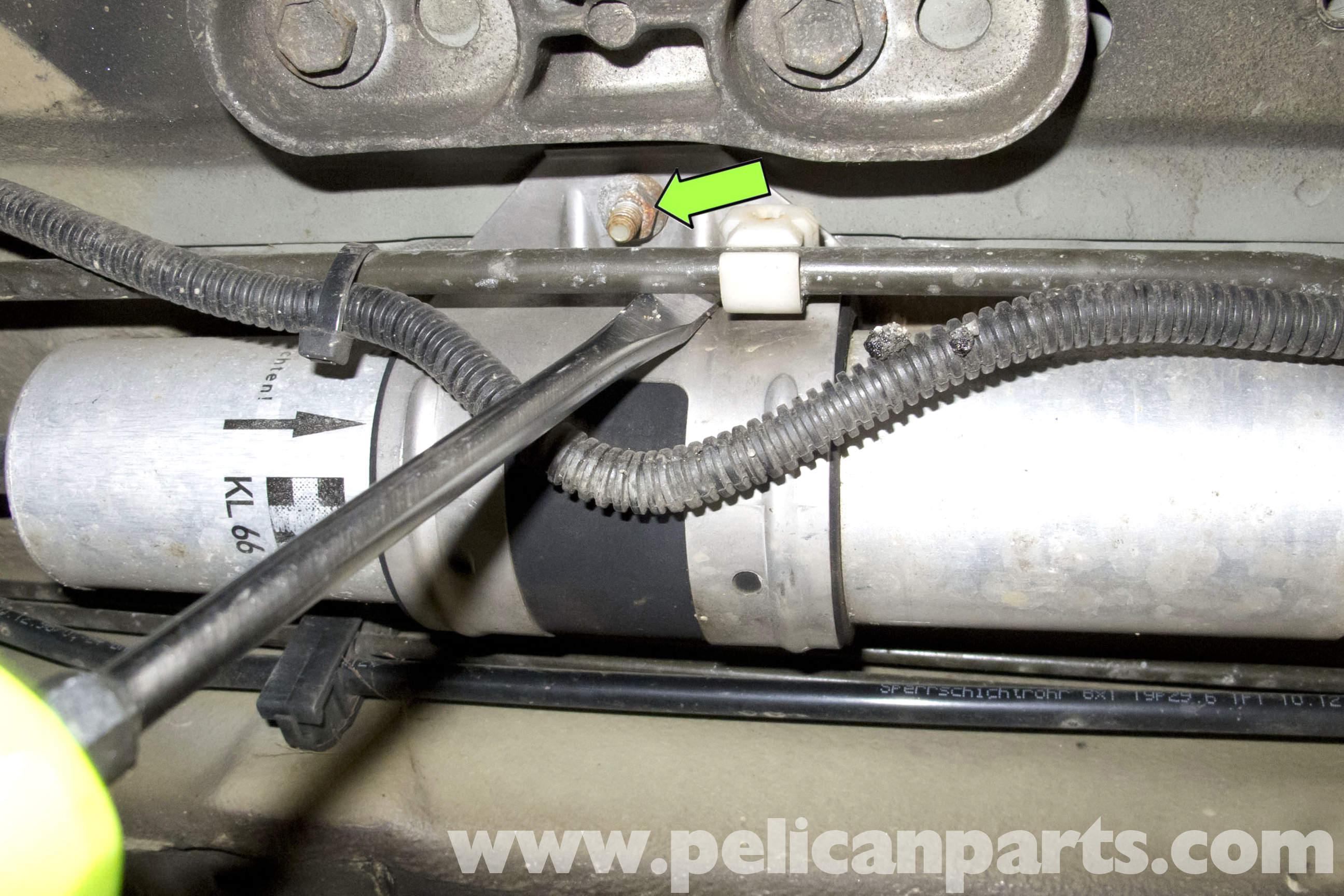 pic11 bmw z3 fuel filter replacement 1996 2002 pelican parts diy