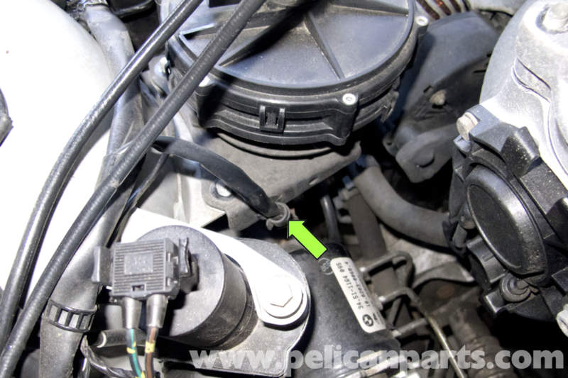 Bmw Z3 Power Steering Reservoir And Cooling Loop Replacement 1996 Rhpelicanparts: 1997 Bmw Z3 Power Steering Reservoir Location At Gmaili.net