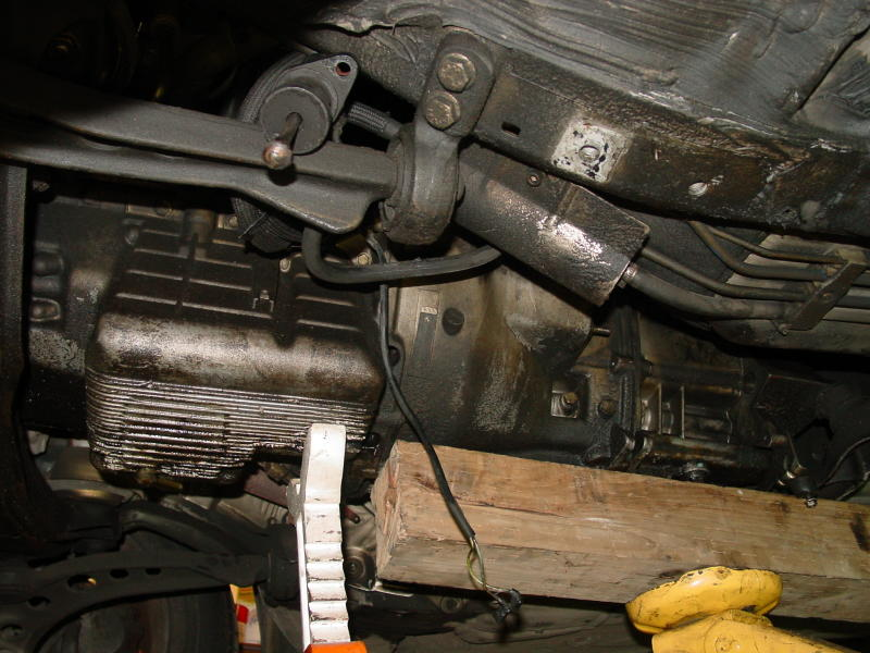 BMW E30E36 Fuel Filter Replacement  3Series 19831999