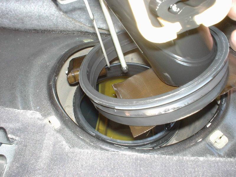 Bmw E36 3series Fuel Pump Replacement 1992 1999 Pelican Parts Rhpelicanparts: 2000 Bmw 328i Fuel Pump Location At Elf-jo.com