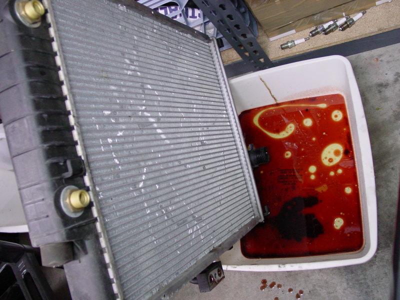 Leaking Transmission Fluid >> Best Radiators Transmission Fluid Leak Radiator