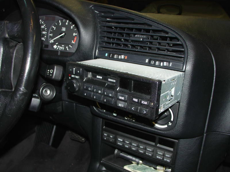 pic5 bmw e30 e36 radio head unit installation 3 series (1983 1999