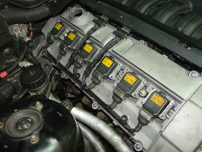 Wiring A Cap Diagram further Case Fuel Injection Pumps additionally Il Motore  e E Fatto E Quali Sono Le Sue Parti Principali also E46 Transmission Mount Location together with Targets. on bmw e30 firing order