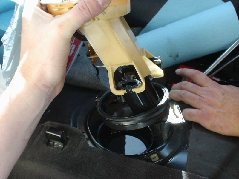 Bmw E36 3 Series Fuel Pump Replacement 1992 1999 Pelican Parts Diy Maintenance Article