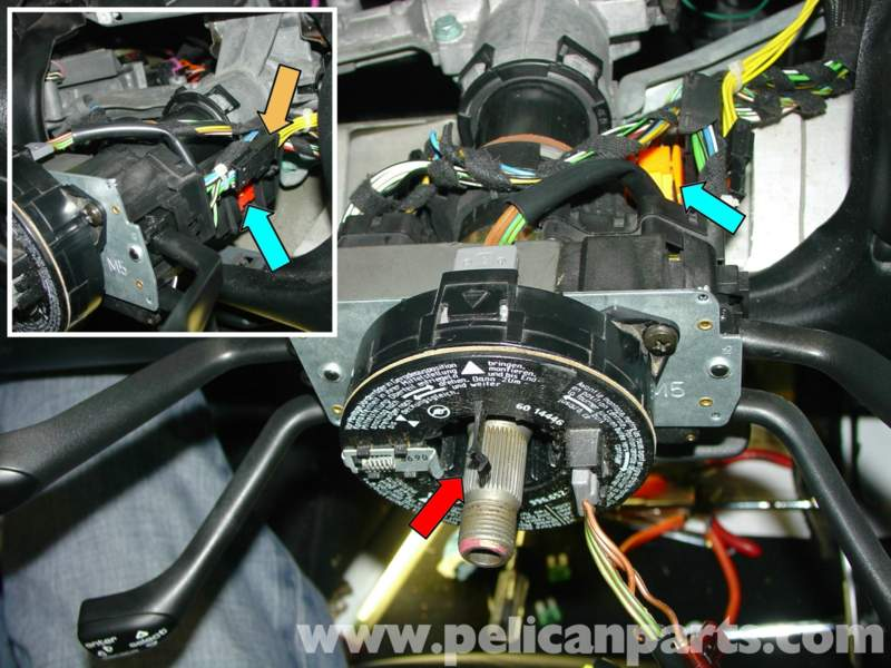 D S Us Fuse And Relay Electrics furthermore Techecma Fuelpump likewise T Knigaproavtoru together with Cooling Fan Late besides D Fuse Box What Is This Wire P. on porsche boxster fuel pump relay location