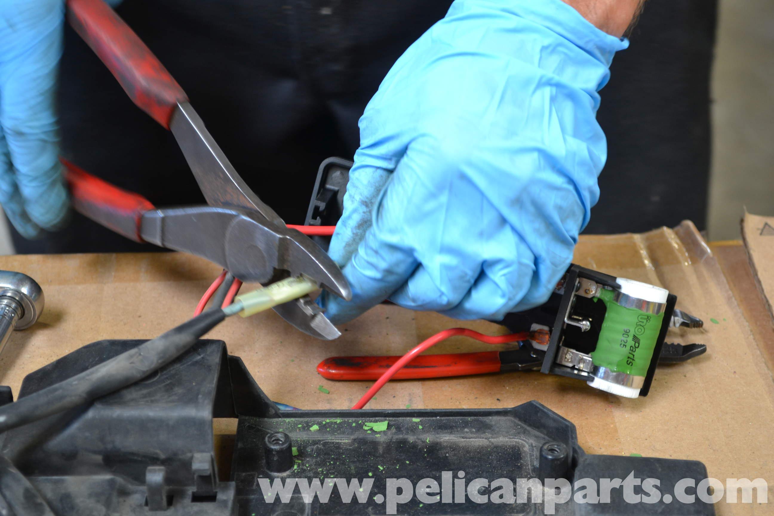 Mini Cooper Cooling Fan Wiring Diagram from www.pelicanparts.com
