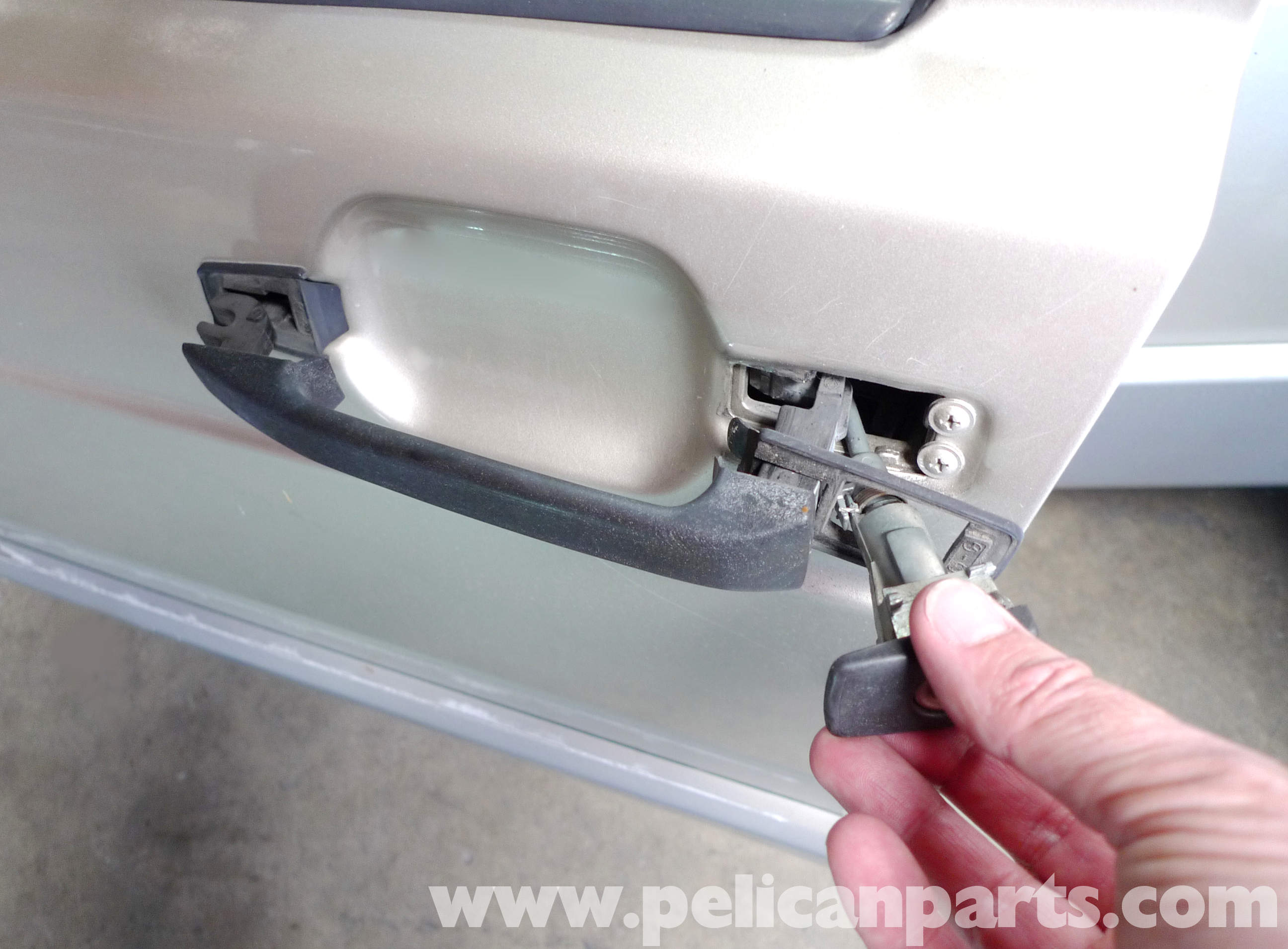 Mercedes Benz 190E Door Handle Removal And Replacement W201 1987 1993 Pel