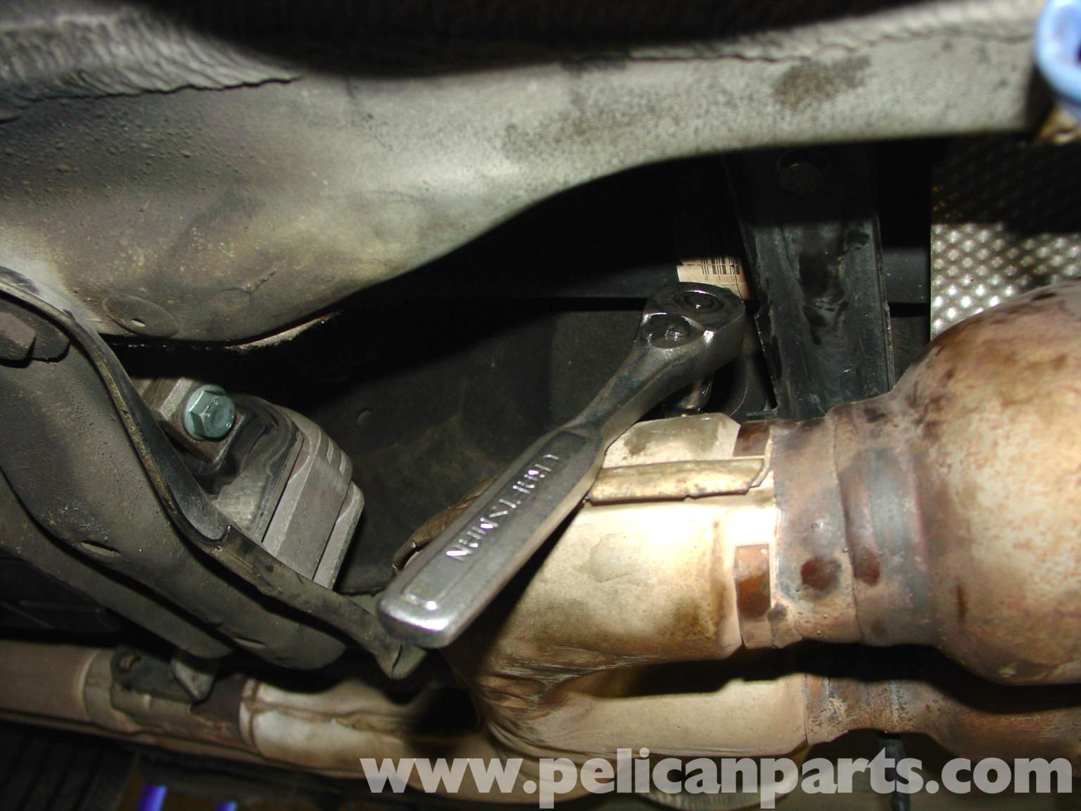 1999 Mercedes Benz C230 Oxygen Sensor AutoPartsKart also Crankshaft Position Sensor Location besides Mercedes Oxygen Sensor moreover O2 Sensor Location  Pic  Mb Undercarriage 5 16 14 Tires as well Mercedes O2 Sensor Replacement. on oxygen sensor location on mercedes e320