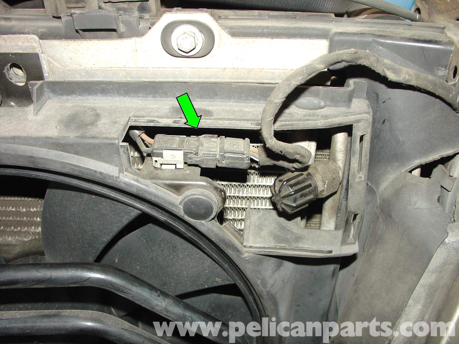 1999 Saab 9 3 Vacuum Line Diagram likewise 2013 Ford F 150 Speaker Wiring Diagram additionally Question Sur Vanne N75 T6214 25 likewise Chevy 5 7 Spider Injector Wiring Diagram further 1998 Volvo S70 Vacuum Hose Diagram. on saab brake system diagram