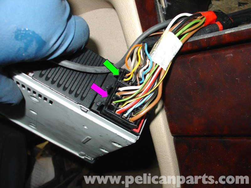 HONDA Car Radio Wiring Connector besides Audiowire likewise Stereo Wiring Diagram For 1996 Ford Ranger further 0vx6n 96 Ranger Radio Wire Harness The Speakers What Colors Plug likewise Stereo Swap. on cd changer wire harness