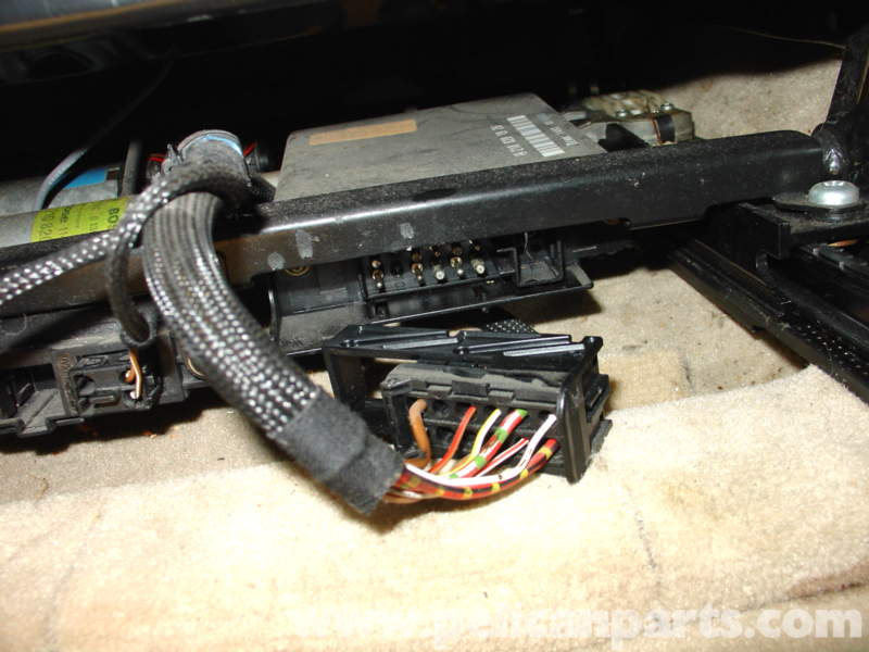 Replacing c module mercedes for Mercedes benz c230 battery replacement
