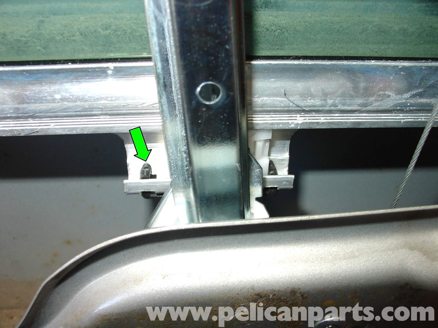Pelican technical article mercedes benz window for Mercedes benz glass replacement