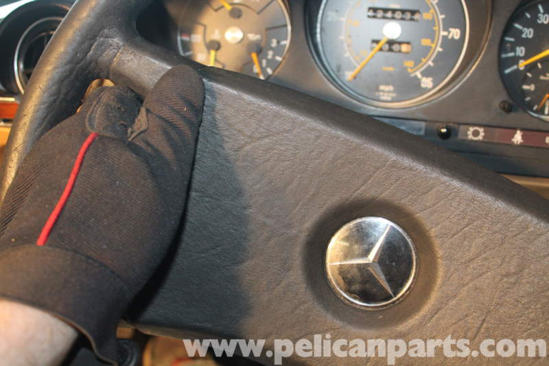 Mercedes Benz R107 Steering Wheel Removal And Replacement